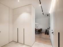 Квартира «Дипломат», прихожая . Фото № 31532, автор Mediana Interiors дизайн-бюро