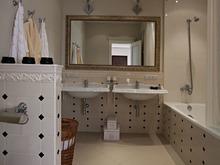 ванная № 23593, Азорская Инна