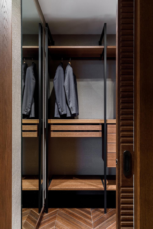 Квартира «ВОРОБЬЕВ ДОМ», гардеробная, фото из проекта