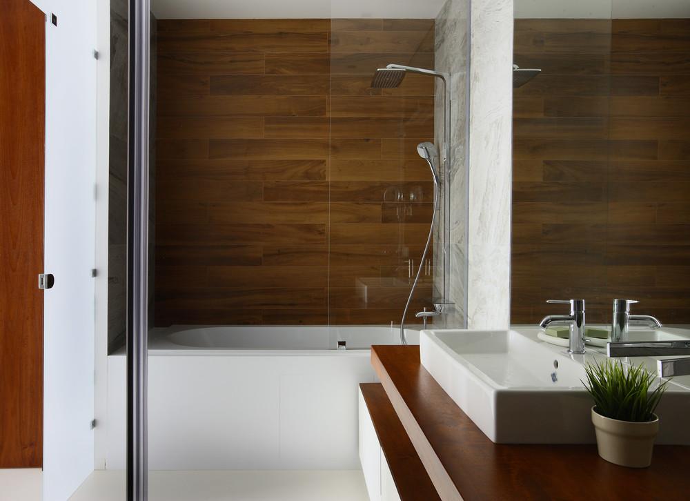 Квартира «Апартаменты в ЖК Легенда Цветного», ванная, фото из проекта
