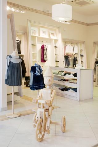 Торговая зона. торговые зоны  из проекта «Dolche Stellina» галерея детской одежды, фото №75237
